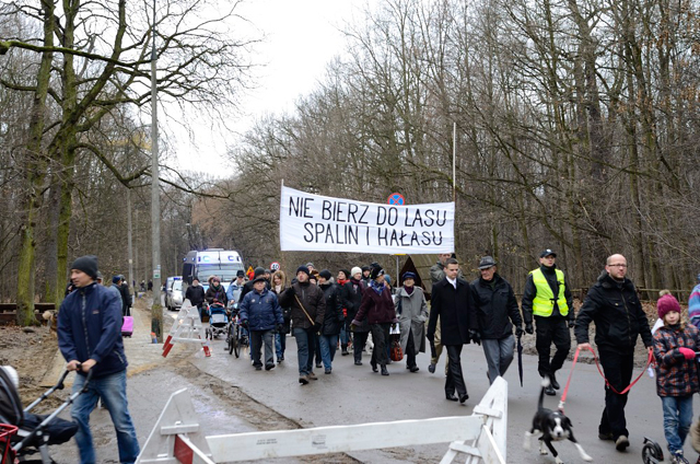 Demonstracja w obronie Lasu Bielańskiego, fot. Rafał Krupa