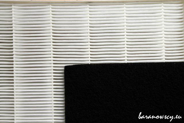 Nowe filtry: True HEPA (biały) i węglowy (czarny).