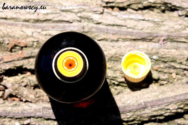 Olej z nasion dzikiej marchwi, wbrew temu, co piszą niektórzy, ma SPF około 6.
