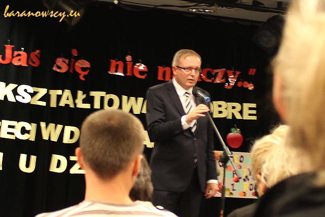 Burmistrz Bielan Tomasz Mencina.