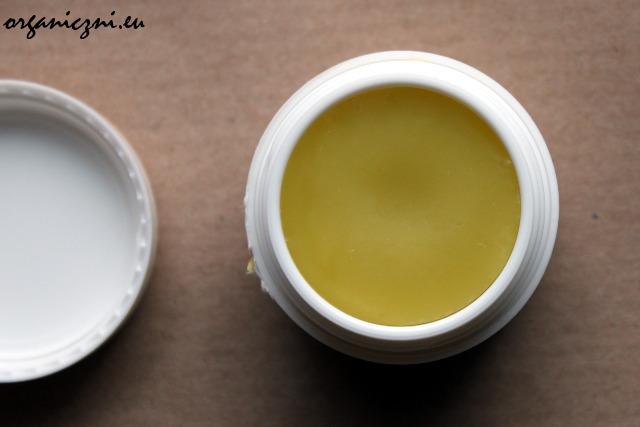 KucaMagicneTrave – melisowy balsam z nagietkiem