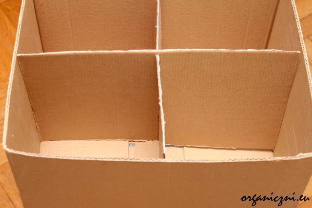 Przegródki w górnym pudełku
