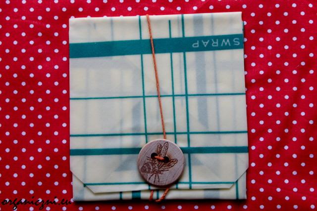 Bee's Wrap wersja na kanapkę, z guzikiem