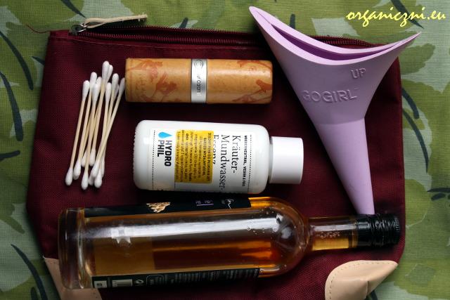 Jak spakować kosmetyczkę