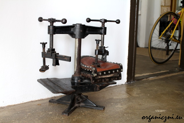 Maszyna szewska - pamiątka po poprzednim zakładzie