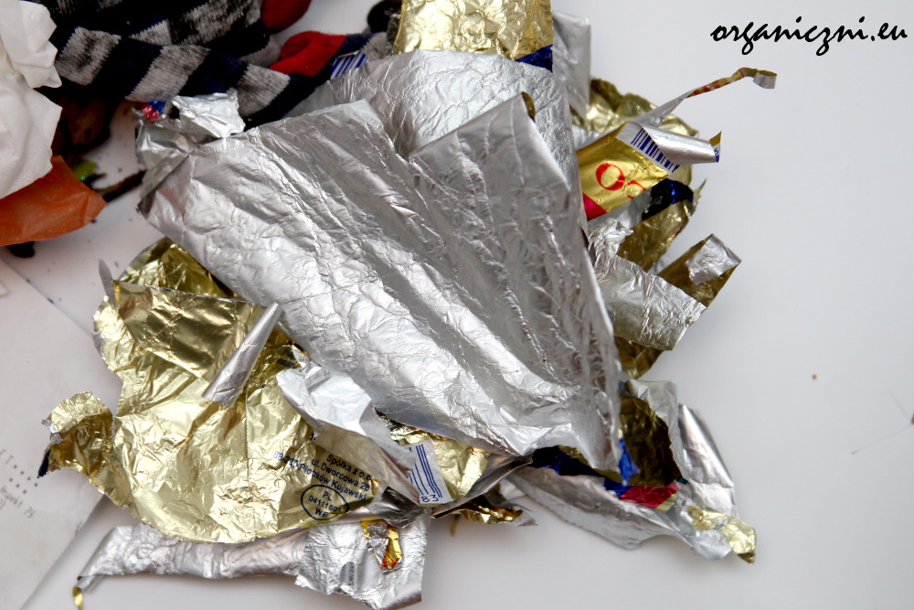 Folia aluminiowa z opakowania po maśle
