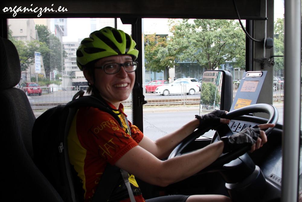 Na chwilę przesiadłam się z roweru na autobus...