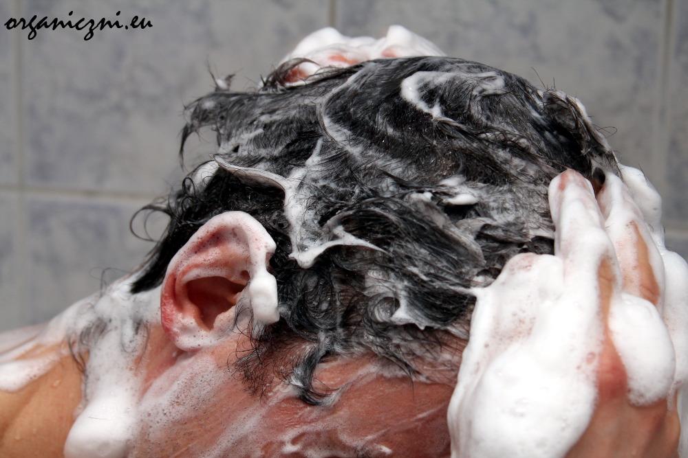To wygodne, gdy żele do mycia dla mężczyzn są jednocześnie szamponami do włosów (a nawet brody)