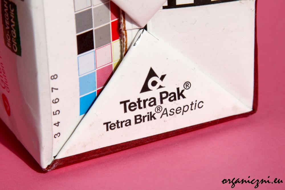 Prawdziwy tetrapak jest oznaczony znakiem handlowym
