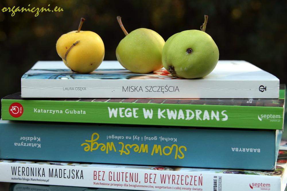 Cztery wege książki kucharskie na mojej półce