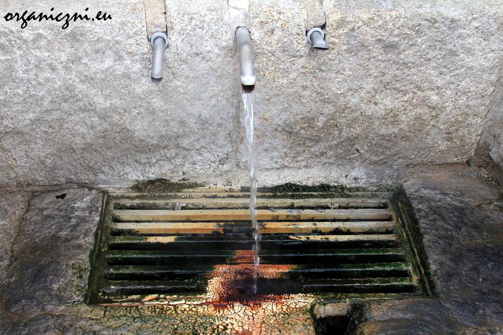 Gorąca woda termalna w Chaves