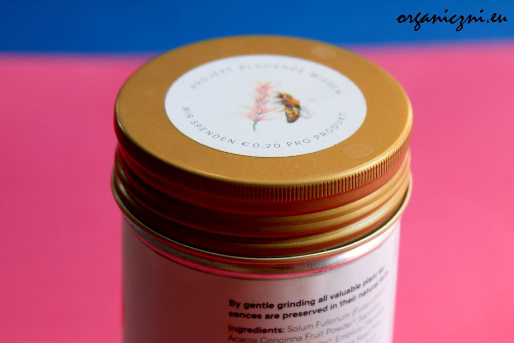 Oznaczenie na produktach Eliah Sahil: 20 eurocentów ze sprzedaży trafi na projekt ratowania pszczół