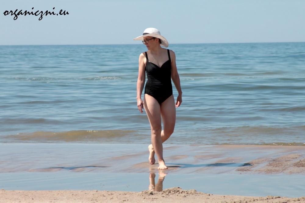 Wolin. Poranna plaża w słońcu