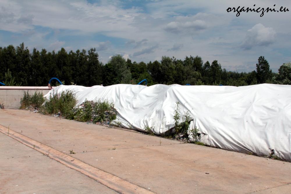 Tu są kompostowane odpady bio i mniejsze zmieszane