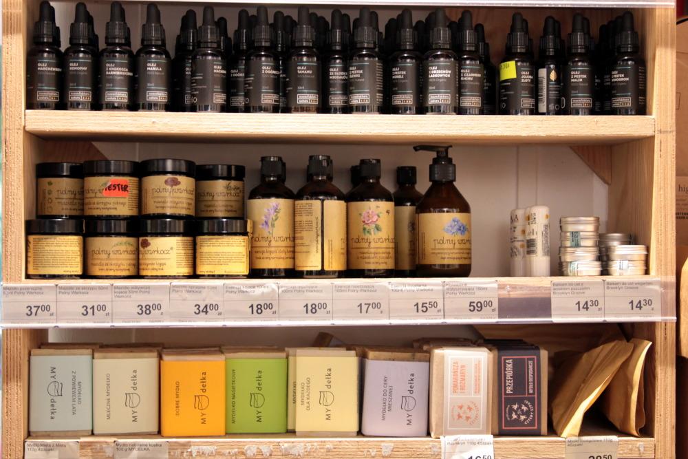 Jak wybierać kosmetyki? Produkty w sklepie Kooperatywy Dobrze