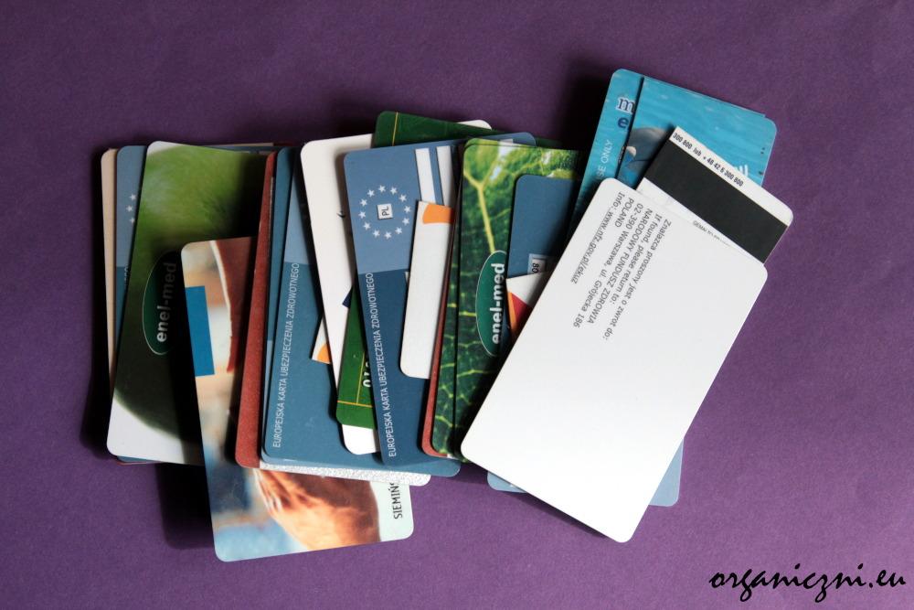 Zbiory zużytych kart (płatniczych, lojalnościowych, EKUZ)