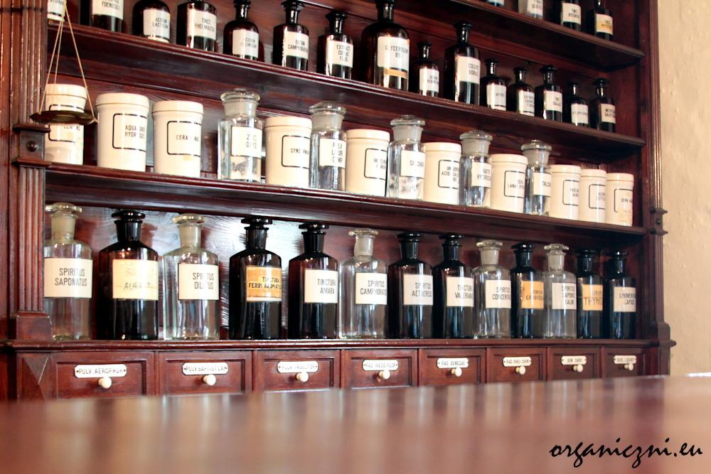 W muzeum zobaczymy wnętrze apteki sprzed 100 lat